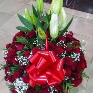 Valentine special basket